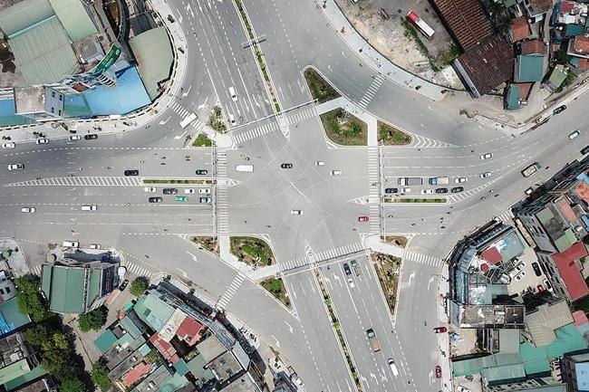 Nhà mặt phố khu trung tâm Hạ Long- ngã tư Loong Toòng